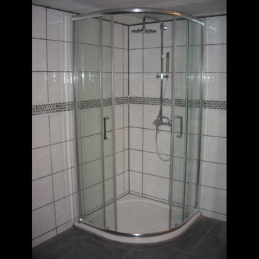 Douche extra plate avec cabine